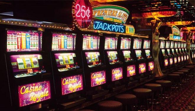 Играйте в новые 777 игры от казино FreePlay и выводите деньги легко!